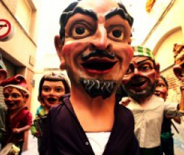 """Canya d'Or presenta el videoclip de la cançó oficial de Sant Pere de Reus, la """"Cúmbia de la Festa Major""""."""